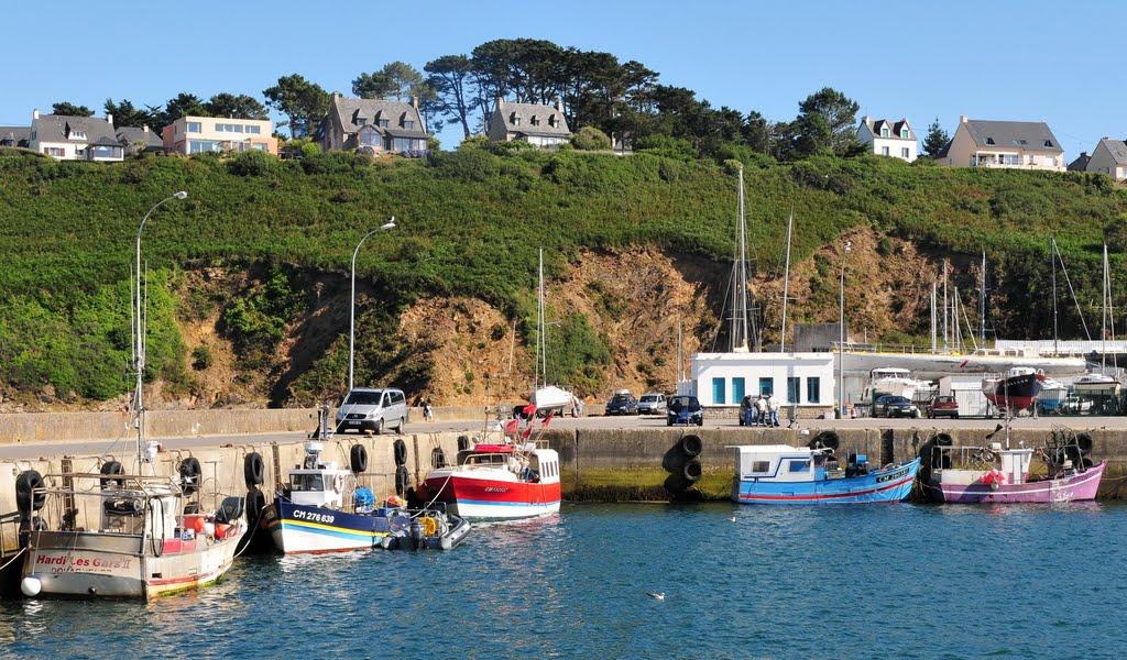 Camaret port